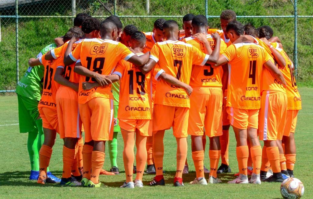 Nova Iguaçu é o líder isolado do Grupo A da Taça Guanabara Sub-17 (FOTO: Jander Bittencourt/JB Produções)